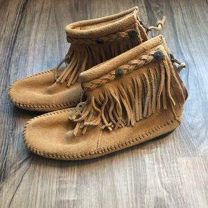 Never Worn Minnetonka Fringe Boots
